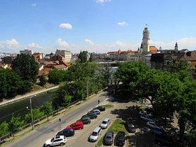 Apartament de închiriat 4 camere, în Oradea, zona Central