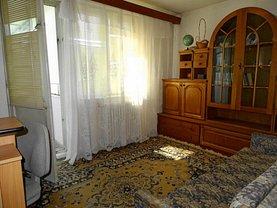 Apartament de închiriat 3 camere, în Oradea, zona Rogerius