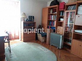 Apartament de vânzare 3 camere în Oradea, Centru Civic
