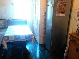 Apartament de vânzare 3 camere, în Oradea, zona Iosia-Nord