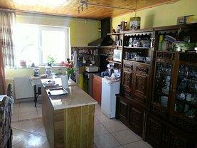 Casa de vânzare sau de închiriat 3 camere, în Ovidiu, zona Exterior Sud
