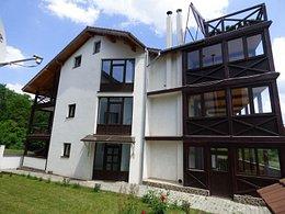 Apartament de închiriat 3 camere, în Brasov, zona Noua