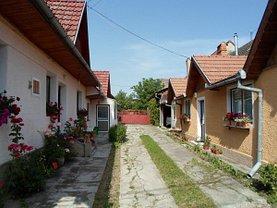 Casa de vânzare 7 camere, în Sacele