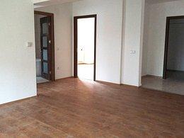 Apartament de vânzare, 2 camere, în Sinaia, zona Platoul Izvor