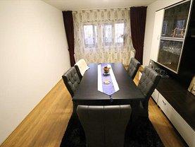 Apartament de vânzare 4 camere în Bacau, Stefan cel Mare