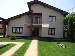 Casa de vânzare, 5 camere, în Bacau, zona CFR