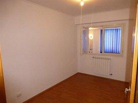 Apartament de închiriat 3 camere, în Bacau, zona Energiei