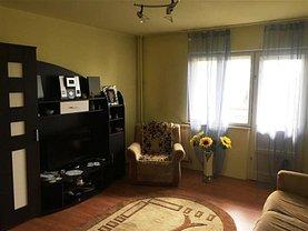 Apartament de închiriat 3 camere, în Ploiesti, zona Vest
