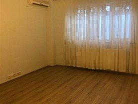 Apartament de vânzare 4 camere în Bucuresti, Aviatiei