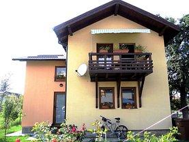 Casa de vânzare 5 camere, în Cristian, zona Central