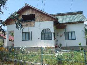 Casa de vânzare 2 camere, în Mioveni, zona Central