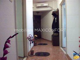 Apartament de vânzare 3 camere, în Braila, zona Central