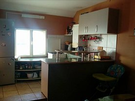 Apartament de vânzare 4 camere, în Cluj-Napoca, zona Intre Lacuri