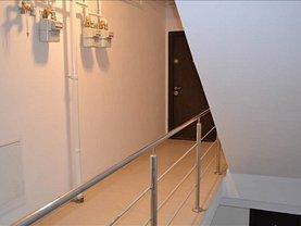 Apartament de vânzare 3 camere în Arad, UTA
