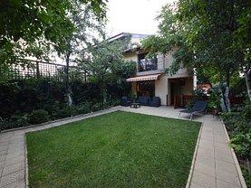 Casa de vânzare 9 camere, în Bucuresti, zona Damaroaia