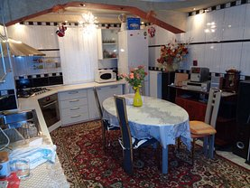 Apartament de vânzare 2 camere, în Pitesti, zona Popa Sapca