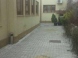 Casa de vânzare 8 camere, în Bucuresti, zona Parcul Carol