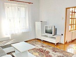 Apartament de închiriat 4 camere, în Brasov, zona Centrul Istoric