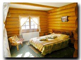 Casa de vânzare 8 camere, în Zarnesti