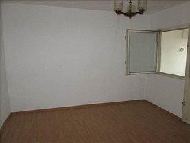 Apartament de vânzare 2 camere, în Focsani, zona Est