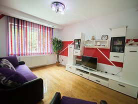 Apartament de vânzare 3 camere, în Arad, zona Exterior Est