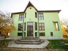 Casa de vânzare 14 camere, în Arad, zona Gradiste
