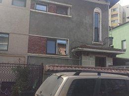 Casa de vânzare, 5 camere, în Bucuresti, zona Vatra Luminoasa
