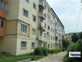 Apartament de vânzare 2 camere, în Roman, zona Central
