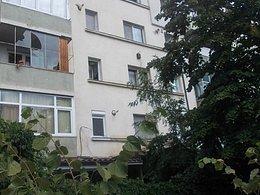 Apartament de vânzare 3 camere, în Barlad, zona Central
