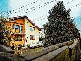 Casa de vânzare 4 camere, în Sacele, zona Central