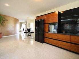 Casa de vânzare 16 camere, în Timisoara, zona Braytim