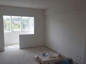 Apartament de vânzare 2 camere, în Pitesti, zona Eremia