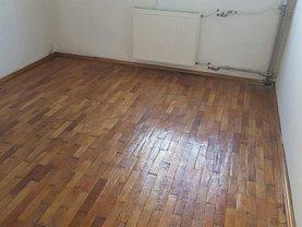 Apartament de vânzare 2 camere, în Pitesti, zona Razboieni