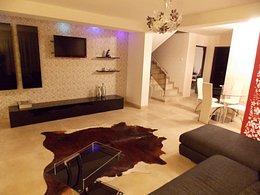 Casa de închiriat 4 camere, în Santandrei