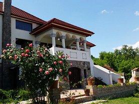 Casa de vânzare 10 camere, în Ramnicu Valcea