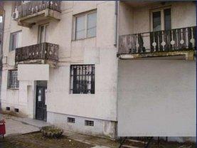 Apartament de vânzare 3 camere în Calugareni