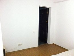 Casa de vânzare 3 camere, în Constanta, zona Bratianu