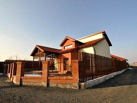 Casa de vânzare sau de închiriat 5 camere, în Sanandrei