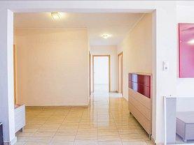 Apartament de vânzare sau de închiriat 3 camere, în Brasov, zona Avantgarden