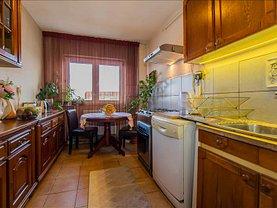Apartament de vânzare 4 camere în Brasov, Harmanului