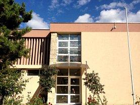 Casa de vânzare 6 camere, în Eforie Nord, zona Central