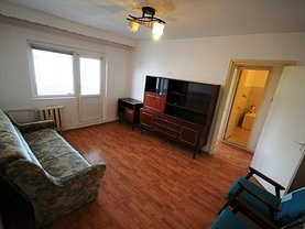 Apartament de vânzare 2 camere, în Bacau, zona Sud