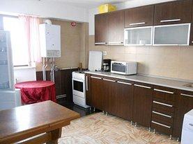 Apartament de închiriat 3 camere în Targu-Jiu, Central