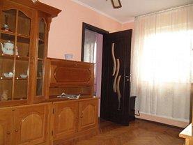 Apartament de închiriat 2 camere în Ramnicu Valcea, Petrisor
