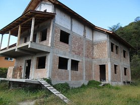 Casa 6 camere în Ramnicu Valcea, Copacelu