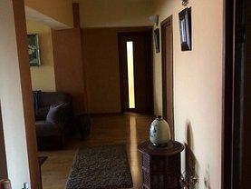 Apartament de vânzare 3 camere în Suceava, Obcini