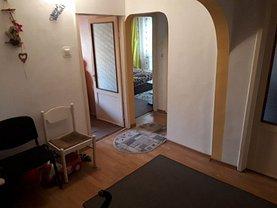 Apartament de vânzare 3 camere în Deva, Dorobanti
