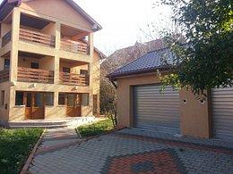 Casa de vânzare 10 camere, în Botosani, zona Sud