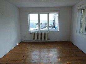 Apartament de vânzare 3 camere în Bistrita, Sud