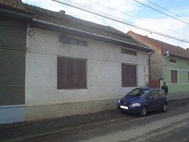 Casa de vânzare 4 camere, în Caransebes, zona Central